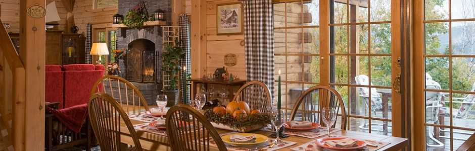 High Peaks Log Homes, Log Home Dining Room